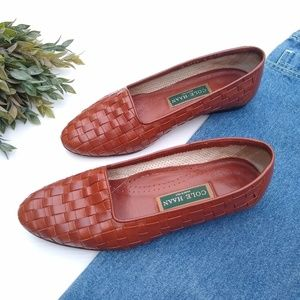 Cole Haan • italian  brown leather woven loafers